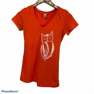 Hooters Vneck Shirt Size small